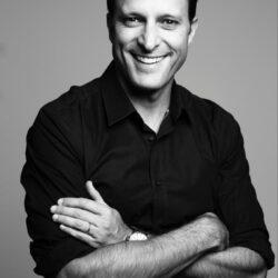 Speaker - Dr Christian Coachman
